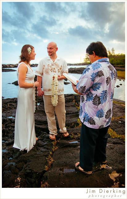 big-island-wedding-hilo-susan-chris-02.jpg